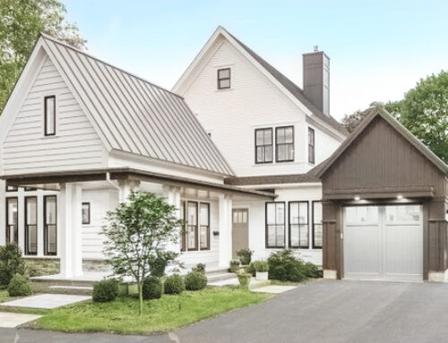Modern Twist to the Farmhouse Style Homes